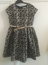 Beautiful Black And Gold Girl Brocade Dress 6-7 Years