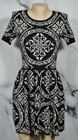 ROMEO + JULIET COUTURE Black Stone Patterned Intarsia Knit Dress Medium Unlined
