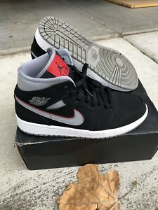Nike Air Jordan 1 Retro Mid Black 'Particle Grey' Red Shoes Mens Size 8.5 USED