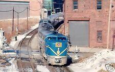 Delaware & Hudson (D&H) Southbound Passenger @ Albany Color Print
