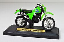 KAWASAKI KDX 250 vert échelle 1:18 modèles de moto de MOTORMAX