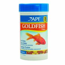 API Goldfish Flakes Premium Food for Goldfish 1.1 Ounces