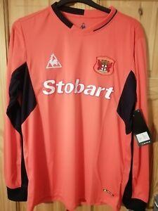 Carlisle United Goalkeeper Shirt