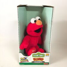 Elmo March 2000 Sesame Street Pal of the Month Collectible Stuffed Animal