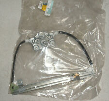 Renault Megane Scenic RH Rear Manual Window Regulator Part Number 7700838595