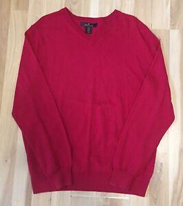 Daniel Bishop Red V-Neck 100% wool sweater Men's extra fine merino wool Size M
