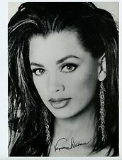 5 X 7Photo Movie Star Actress Vanessa Williams Faux Signature
