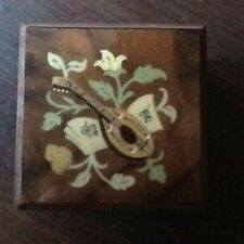 SORRENTO AUGUSTO WOODEN INLAY  BOX .