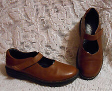 Propet women's 7.5AA Mary Jane loafers flats brown leather EXCELLENT
