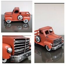 Christmas Holiday Red Metal Collectible Pick Up Truck *FREE SHIPPING IN US*