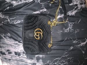 Black crossbody Gucci Purse