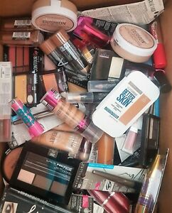 MAYBELLINE MIXED COSMETICS WHOLESALE LOTS. GREAT ASSORTMENT 500 PIECES