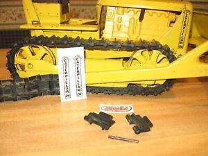 Doepke D-6 Bulldozer Caterpillar, Cat 1 track cleat, Model Toys used orig. Cleat