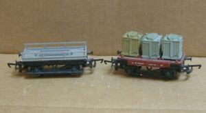HORNBY? HO 2 Flat Cars, 1 Loaded Transformer?