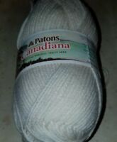 SKEIN/BALL OF (DISC) PATONS CANADIANA YARN - COLOR #104 ARAN
