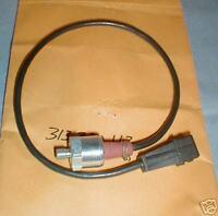 Maserati Biturbo  KNOCK SENSOR  FI fuel injected 18 & 24 Valve, Ghibli II