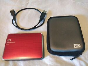 WD my passport ultra portable HDD 2tb mac/pc with case and cordUSB 3.0