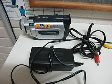 Sony  DCR TRV15E CAMCORDER  MINI DV  DIGITAL TAPE VIDEO CAMERA
