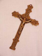 + Ancienne petite croix médaillon ou crucifix 19è en laiton +