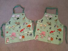 PAIR OF NEW, UNUSED FUN FARM ANIMALS APRONS. APPROX AGE 4 and Older