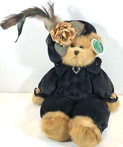 The Bearington Collection Plush Teddy Bear Samantha Style 1440 New with Tags