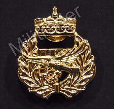 Swedish Paratrooper (Airborne) Rangers Beret Badge w/Crown (Gold Finish) SM