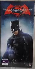 Coffret Bluray: Batman v Superman - Edition ultime collector - Statue de Batman
