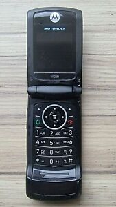 MOTOROLA C300 MOBILE PHONE AND CHARGER