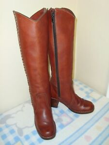 VTG Women's Leather Campus Riding Boots, Size 7.5 N, Knee-High, Reddish Brown.