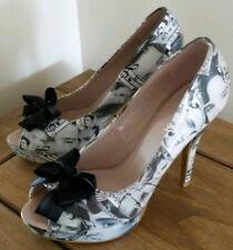 Elvis customised shoes