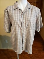REI Men's Button Down Short Sleeve Green Plaid Shirt Size Medium