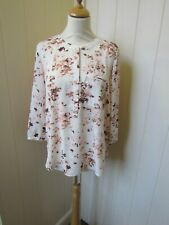 NOT YOUR DAUGHTERS JEANS -Medium- cream pink 3/4 sleeve tunic neckline blouse