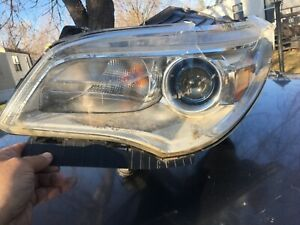 For Buick Enclave 2013-2017 Replace GM2502382 Driver Side Replacement Headlight