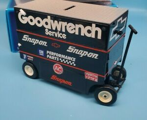 dale earnhardt #3 pit wagon bank 1 of 3000 racing collectibles by action 1:16