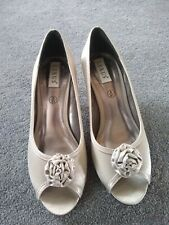 """Wedding formal occasion ladies shoes size 8 mink/taupe 2"""" heel"""