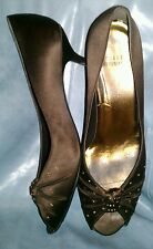 STUART WEITZMAN $350 BROWN SATIN PARTY PROM WEDDING FAB JEWELED PUMPS 42 10.5 11