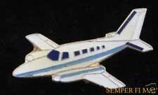CESSNA 402 401 LAPEL HAT PIN UP PRIVATE PILOT CREW SOLO WING AIRPLANE GIFT