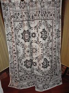 M STYLE WHITE & BLACK TRIBAL BOHO FLORAL FABRIC SHOWER CURTAIN TROPICAL 70 X 70