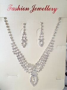 Wedding Party Necklace and Earrings in Silver Colour With Shine Rhinestones