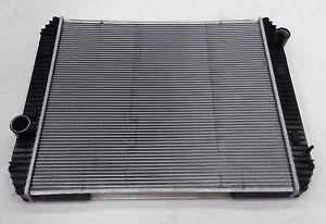 (23953) Radiator for Freightliner Sterling Acterra Q, FL50, FL60, FL70, FL80, FS
