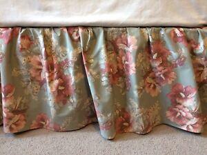 King Ralph Lauren Bedskirt Shetland Manor Floral Excellent Condition Bed Skirt
