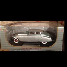 1933 Pierce Arrow Silver 1:18 Signature Models 18136