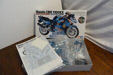 "Tamiya Honda CBR 1100XX Super Blackbird ""With Me""Colour 1/12 scale 14079"