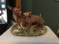 MASTERPIECE PORCELAIN BY HOMCO, MOTHER DEER WITH HER FAWN FIGURINE / 1979