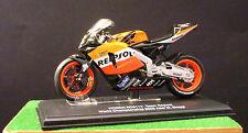 ITALERI PROTAR Honda RC211V World champion 2005 Biaggi scala 1/22