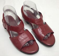 """Womens SAS """"Suntimer"""" Red Leather Ankle Strap Comfort Sandals SIZE 9 M"""