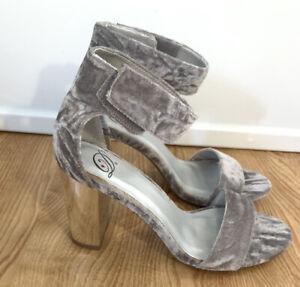 Delicious  silver crushed velvet block heel sandal size 6.5