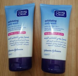 Johnson&Johnson 2 x CLEAN & CLEAR EXFOLIATING DAILY WASH OIL FREE 150ML