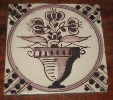 ANTIQUE DELFT manganèse Tile peint fleur dans cachepot +
