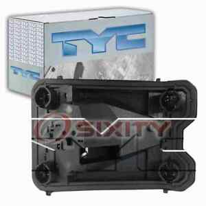 TYC Right Tail Light Connector Plate for 2004-2005 Chevrolet Classic ob